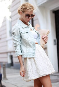 Beautiful-White-Lace-Skirt-Outfit-Idea-with-Denim-Jacket